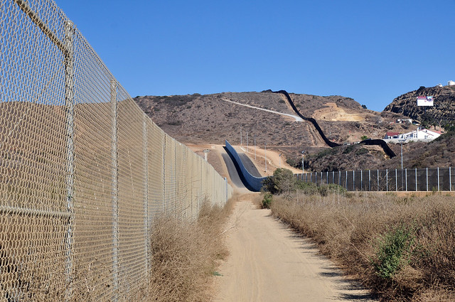 Border near Tijuana, photo by Jonathan McIntosh, published under Creative Commons license